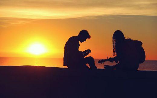 Musikk deles på kryss av kjønn, religion, og kultur